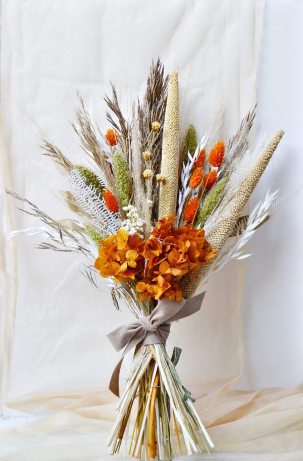 Dried flowers bouquet burnt orange